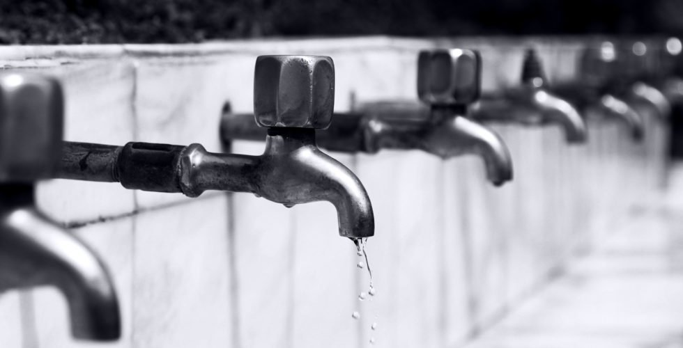 Tap water (from pexels.com)