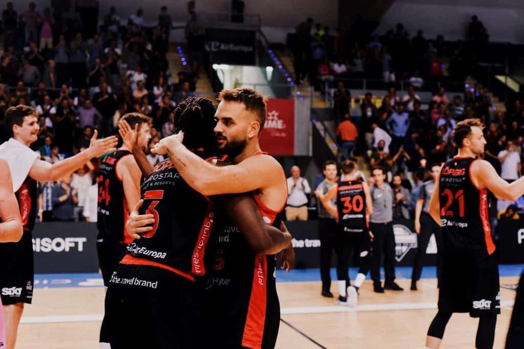 B the Travel Brand - Leyma Basket Coruña